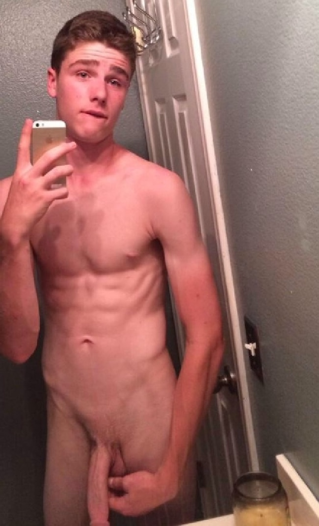 Naked Twink